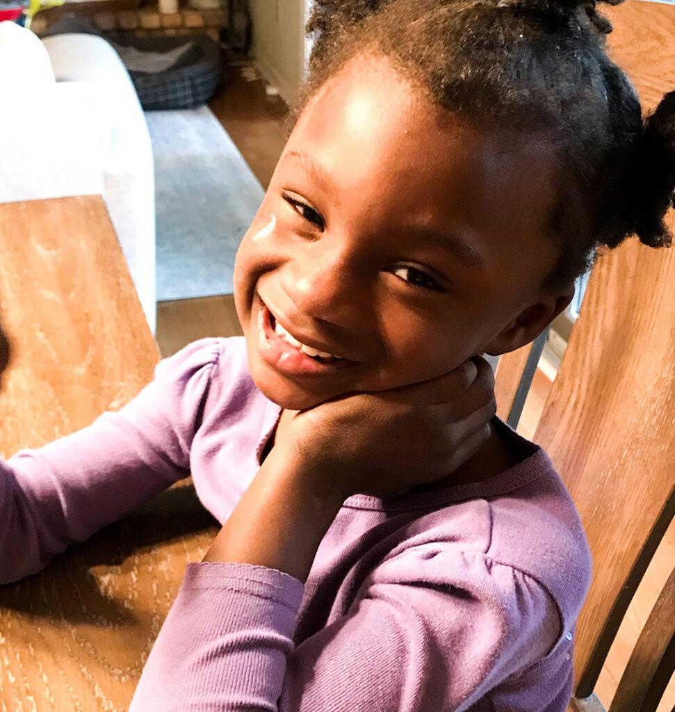 You are Five, Amiya athymeformilkandhoney.com #birthday #fiveyearsold #Amiya smiling